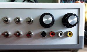 Monitor selector knobs