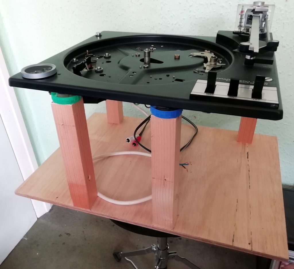 Turntable work stand.