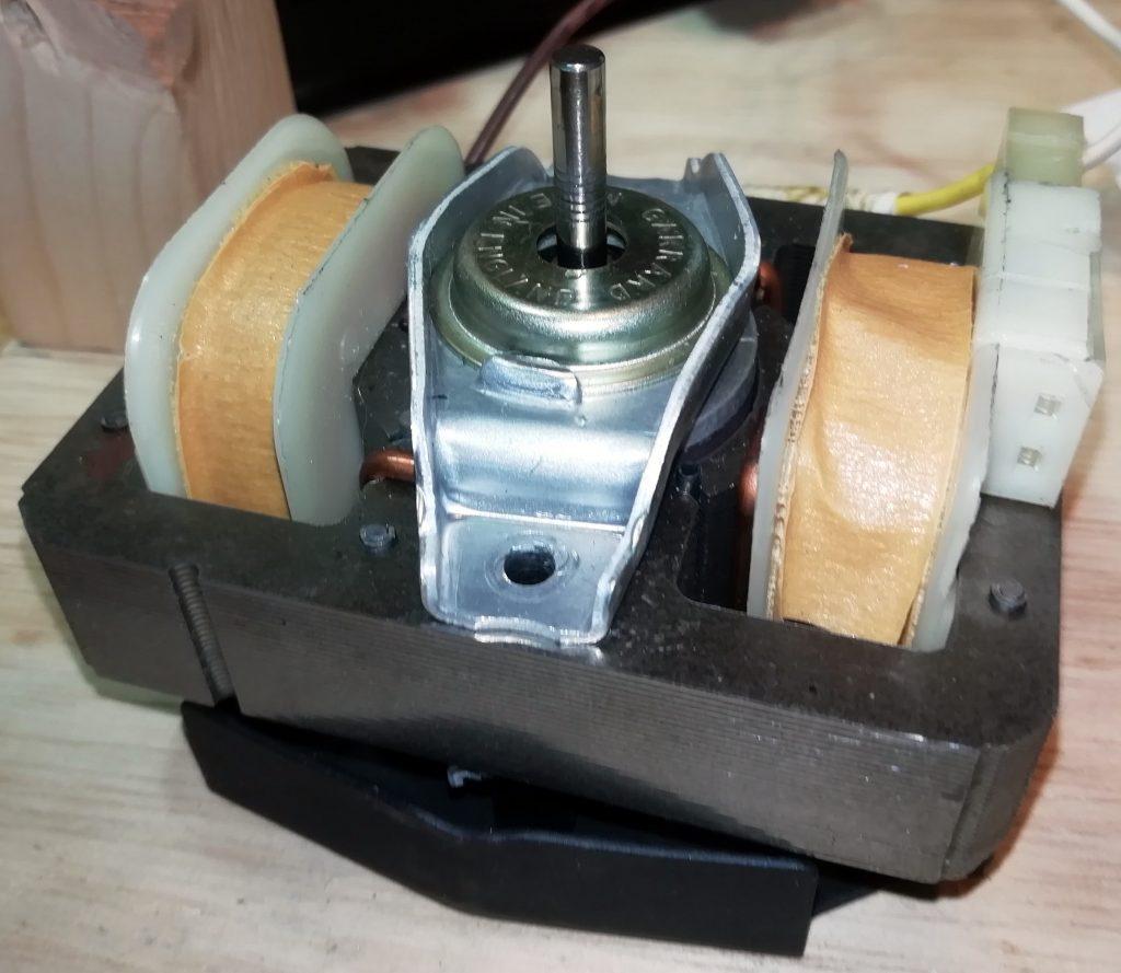 Synchro-lab motor assembled